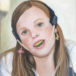 Meisje met Van Beek activator, op schilderij 'Kracht'.
